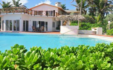 Caribbean beachfront vacation home rentals