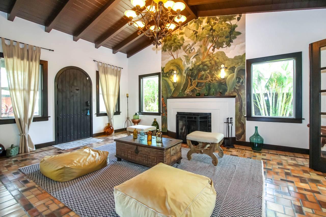 Miami Beach Villa Property Management