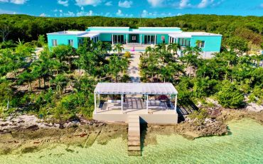 Beachfront Caribbean Vacation Villa Rentals