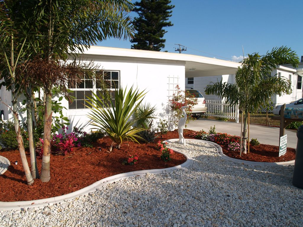 Fort Myers Beach Bungalow Al Just 50 Steps To The Beautiful White Beaches