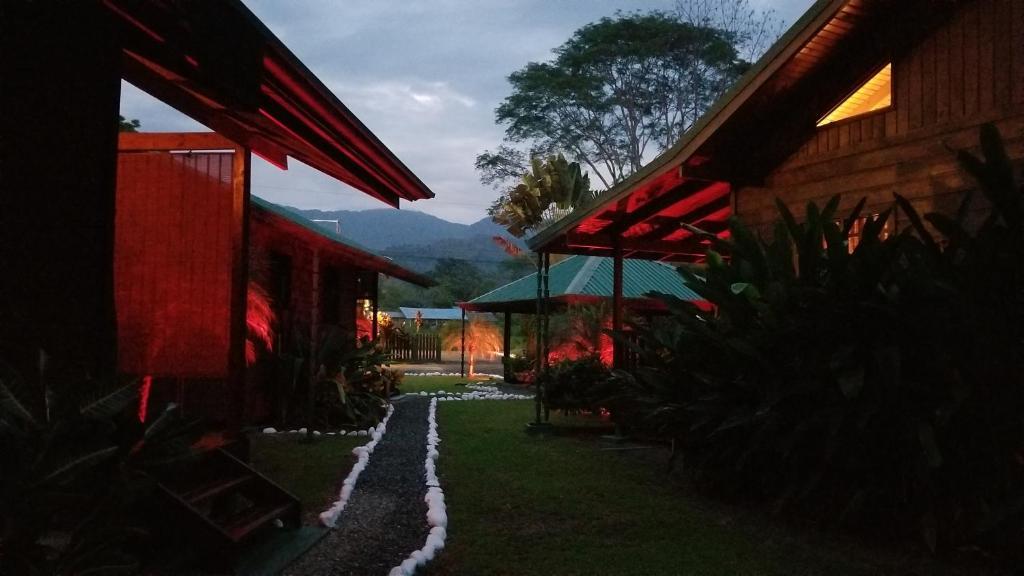 El Paraiso cabins