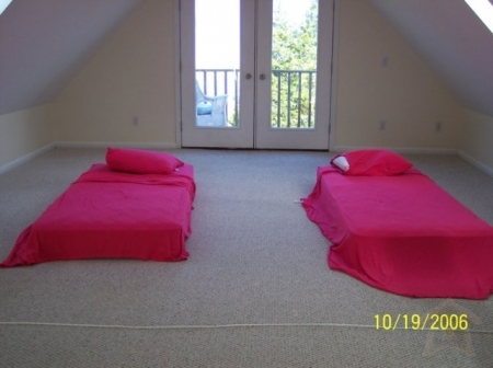 pphoto_183442070111_5_Travel_Apartment_Rental.JPG