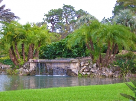 pphoto_212910010612_10MajesticLandscaping.jpg